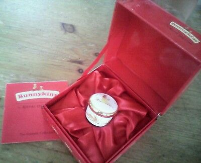 Bunnykins Royal Doulton baby's first tooth pot