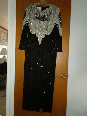 Vtg 100% Silk Lining/100% Polyester All Beaded Black &silver Formal Evening Gown