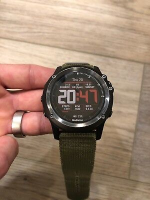 Garmin Fenix 3 HR Sapphire Excellent Condition! Includes 4 Watch Bands