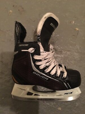 Patin Hockey BAUER ONE 4 (taille EU 33.5/US 2) + jambière DR X3
