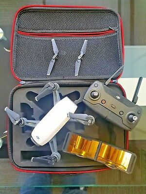 DJI Spark Fly More Immaculate.Barely Used. Carbon Carry Case and Range Extenders