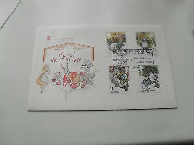 Gb Qe11 First Day Cover 1979 Year Of The Child Special Hand Stamp British