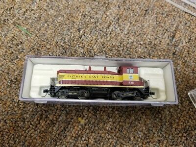 N Scale locomotive SW9 East Florida DCC INSTALLED