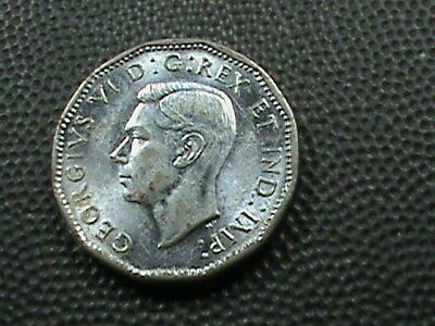 CANADA    5 Cents   1944    UNCIRCULATED  ,   $ 2.99  maximum  shipping  in  USA