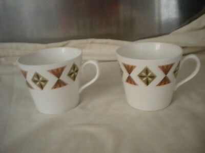 Royal Vale 2 x  Retro Cups in Pattern 8377