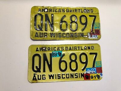 1980 Wisconsin License Plate Pair QN