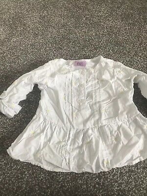 F&F Baby white daisy embroidered blouse 6-9 months
