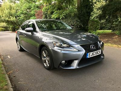 Lexus IS300H 2.5SE E-CVT, 46K ON THE CLOCK WITH FULL SERVICES HISTORY, ONE OWNER