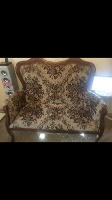 Sofa Style Chippendale