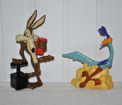 Vintage 1994 Tyco Looney Tunes Wile E. Coyote & Road Runner PVC Figures