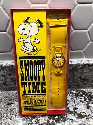 NIB Vintage 1968 Schulz SNOOPY TIME Watch From Peanuts Comic Strip! Mint!