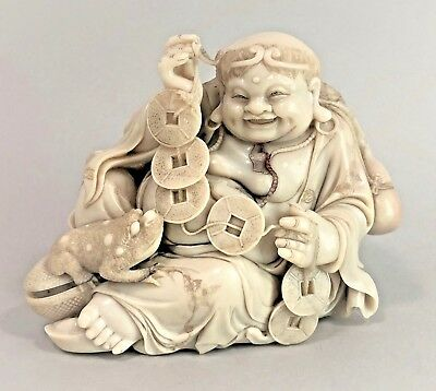 Chinese Shoushan stone handcarved figurine smiling xian Liu Haichan with toad