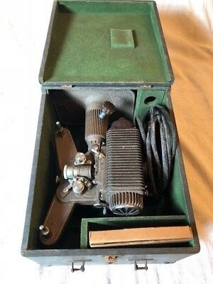 Vintage REVERE EIGHT 8mm FILM PROJECTOR that WORKS!!!