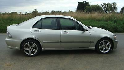 2003 Lexus Is 200 2.0 Se Silver Automatic Petrol 4Dr Only 60,000 Miles Aircon