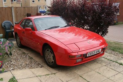 1988 PORSCHE 944 2.5 LUX needs welding for MOT, guards red, rare car