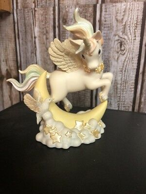Moonbeam 1999 Rainbow Dreams Unicorn Pegasus Hamilton Figurine Collection CH26