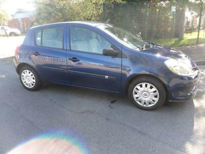 2006 56 Renault Clio 1.6 Expression 16V 5 Door Automatic,1 Owner,79.000 Miles.