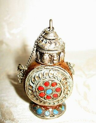 Outstanding 19th Century Indian Jeweled Antique Silver Filigree Snuff Bottle