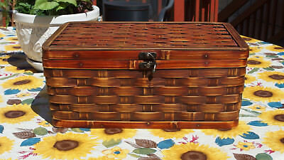 Sturdy Sewing Basket made w/Woven Wooden Slats, hinged Lid w/2 Sm.Handles PREOWN