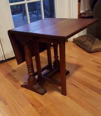 The Bartley Collection ♡ Coach Table ♡ Petite Hard Wood Drop Leaf Table