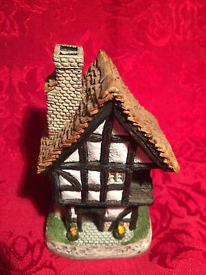 1984 Hand Made David Winter Cottages Spinners Cottage With Box & COA