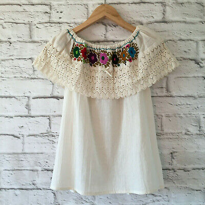 Mexican Peasant Blouse Embroidered Floral Handmade Women's Medium Bohemian White