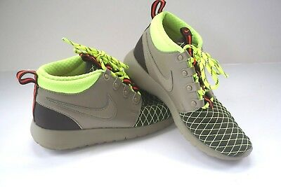 31d4e8b73085 Nike Roshe One Mid Winter GS Size 3.5Y Youth Sneakerboots 807575 200 C5