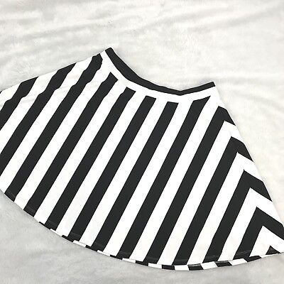 95491f880ad Forever 21 1X Skirt Black White Striped Mini Twirl Plus Size Stretch Elastic