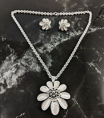 Vintage Demi Flowers Pendant Necklace and Clip Earrings by Crown Trifari