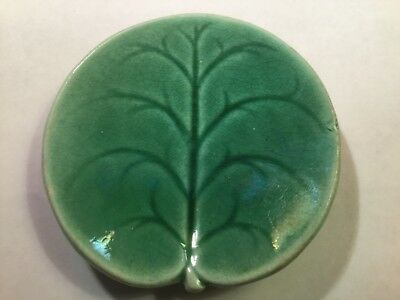 Antique Green Majolica Pond Lily Butter Pat attributed to George Jones, em223