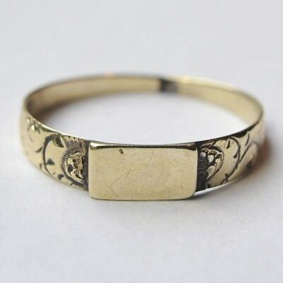 Victorian Mourning Ring Antique c.1880 10k Solid Yellow Gold Gothic Revival Ring