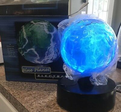 Lumisource Blue Planet Electra Blown Glass Plasma Lamp Lightning Show New!