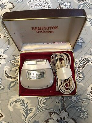 Vintage Remington Rollectric Shaver With Original Case - In Working Order