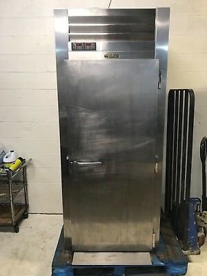 Traulsen RPP132L-FHS - Single Section Roll-In Pizza Proofer - Refurbished