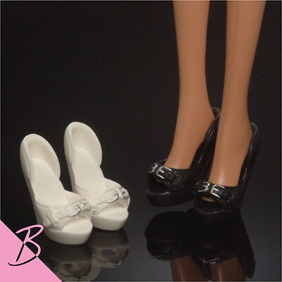 Barbie Shoes/Boots Black & White High Heel NEW #0542
