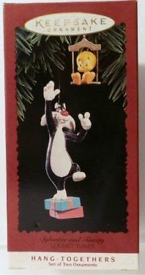 HALLMARK 1995 SYLVESTER AND TWEETY  Looney Tunes CHRISTMAS ORNAMENT (QX5017) New
