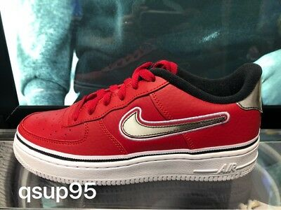 check out 4f8f1 92a93 Nike Air Force 1 Low 07 LV8 NBA Rockets Bulls Red White Black AJ7748 600 4Y