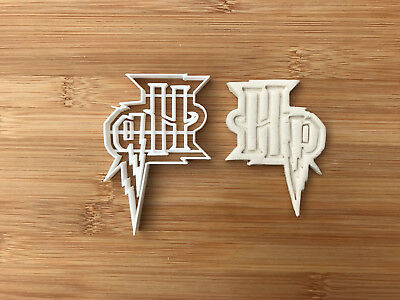 Harry Potter-inspired Cookie Cutter Solemnly Mischief Cupcake Fondant