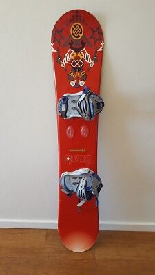 Bomb Snowboard (155cm) plus Drake Bindings