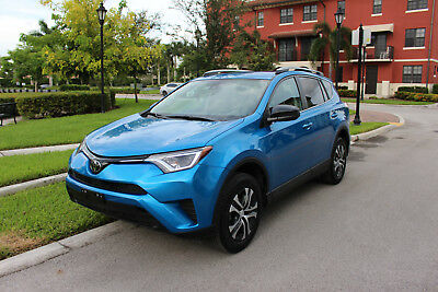 2017 Toyota RAV4 LE 2017 TOYOTA RAV4, WITH ONLY 12K Mi, IN EXCELLENT CONDITION, 90 DAY WARRANY