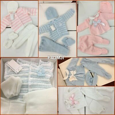 For Baby Boy And Girl 3 Piece Knitted New Born Boxed Gift Set Blue Pink White