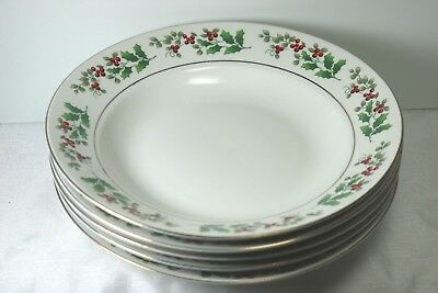 Gibson China  Christmas Charm Set of 5 Rimmed Soup Bowls Holly & Berry