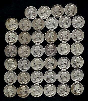 ONE ROLL OF WASHINGTON QUARTERS (1940-49)  90% Silver  (40 Coins)  LOT J55