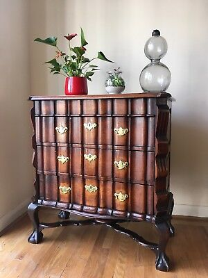 Vintage Antique  Queen Anne Style Mahogany Chest Of Drawers