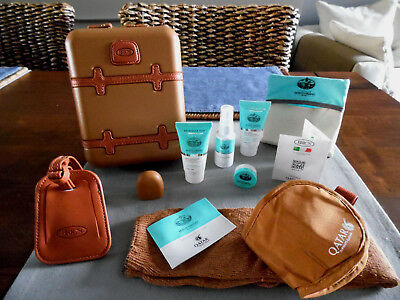 QATAR AIRWAYS First Class BRIC'S Amenity Kit Trousse Neceser Kulturbeutel
