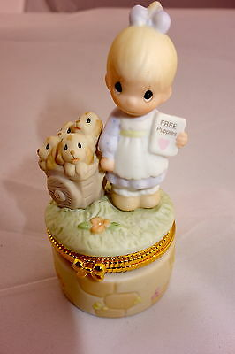 New Precious Moments Hinged Box God Loves a Cheerful Giver Collector Exclusive