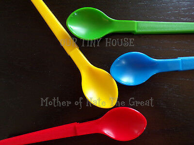 Tupperware Baby Feeding Hang On Spoon Set of RED GREEN YELLOW BLUE #1208 NEW