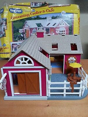 Breyer stablemates grooming center & cafe playset