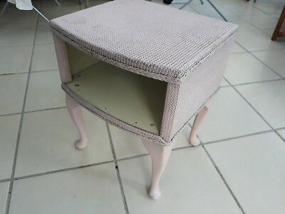 Vintage Retro Lloyd Loom style Wicker Bedside Small Side Table Queen Anne Legs