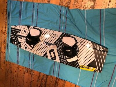 CORE FUSION3 Kiteboard + CARVED Ultra 133cm x 39cm, sehr guter Zustand!!!